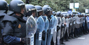 Policías antidisturbios - Foto: Raúl Fernández