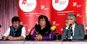 Gaspar Llamazares, Montse Muñoz y Tasio Oliver, miembros de Izquierda Abierta