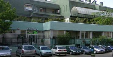 Biblioteca del centro ubicado en la calle de Ponferrada 14