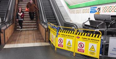 Avería en escaleras mecánicas del Metro de Madrid Foto: Raúl Fernández