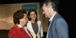 Rita Barberá junto a María Dolores de Cospedal y Alberto Fabra