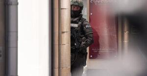 Policía alemán durante el tiroteo en Múnich - Foto: dpa