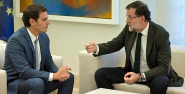 Mariano Rajoy, presidente del Gobierno en funciones y Albert Rivera, presidente de Ciudadanos