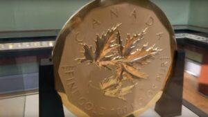 big-maple-leaf