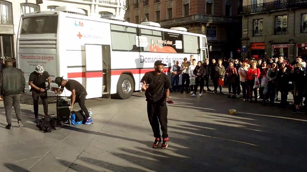 Autobús de la Cruz Roja