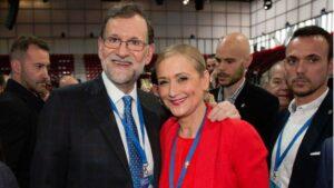 Mariano Rajoy, presidente del Gobierno con Cristina Cifuentes, presidenta de la Comunidad de Madrid