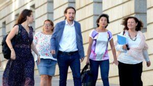 Pablo Iglesias llegando al Congreso