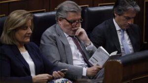 Ministros de Rajoy durante la moción de censura.