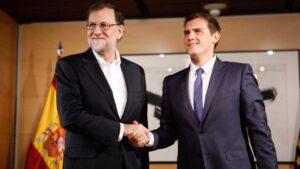 Mariano Rajoy, presidente del Gobierno con Alber Rivera, presidente de Ciudadanos
