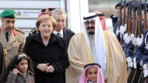 Angela Merkel con el Rey de Arabia