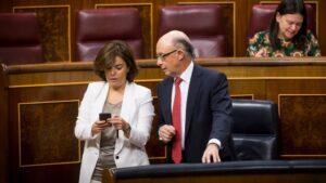 Cristobal Montoro y Soraya Sáenz de Santamaría
