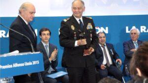 Eugenio Pino, junto al exministro Jorge Fernández Díaz.