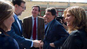 Mariano Rajoy, presidente del Gobierno con Ignacio Gónzalez, expresidente de la Comunidad de Madrid