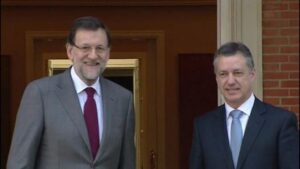 Mariano Rajoy, presidente del Gobierno con el lehendakari Íñigo Urkullu