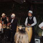 Una bronca entre cubanos a tiro limpio de canciones