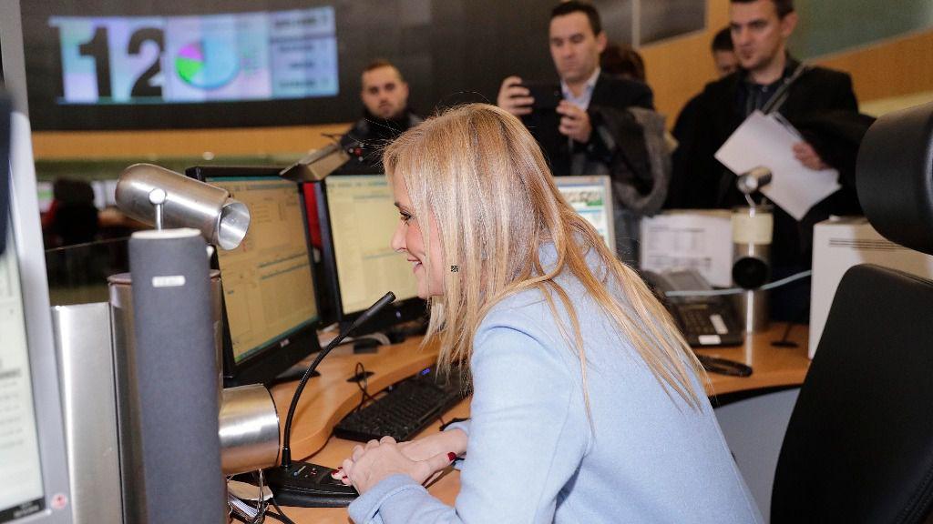 Cristina Cifuentes en el Centro de Emergencias Madrid 112