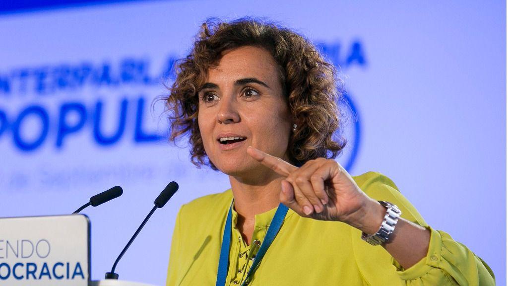 Dolors Montserrat, ministra de Sanidad