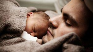 bebe padre nacimiento nacer familia