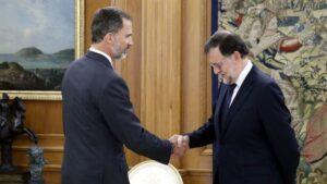 El rey Felipe VI y Mariano Rajoy.