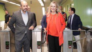 Cristina Cifuentes y el consejero Pedro Rollán