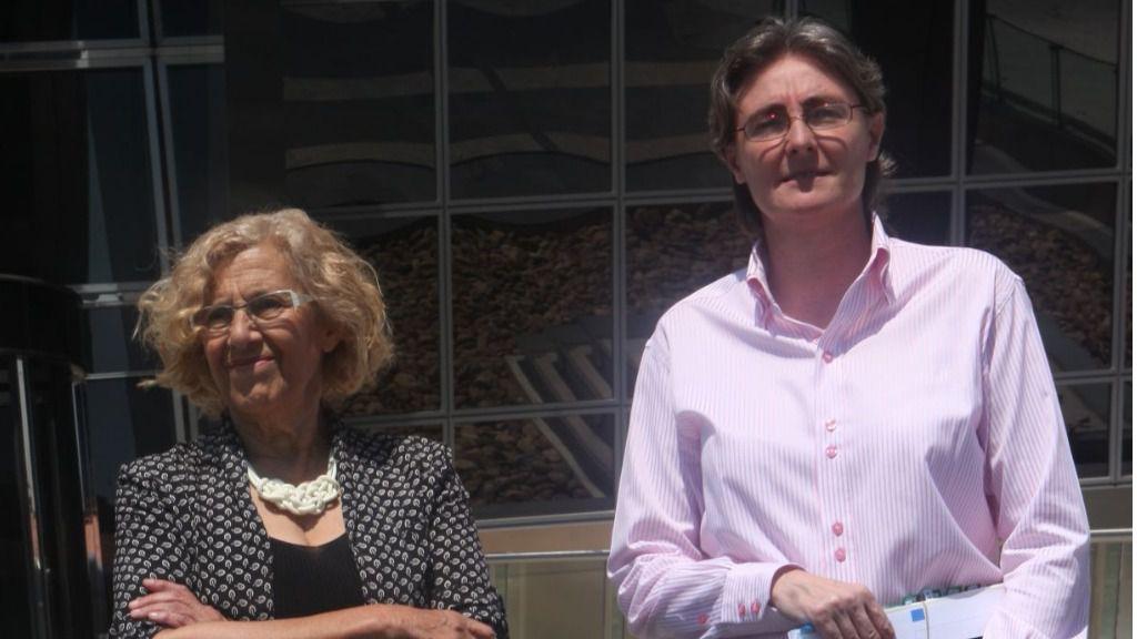 Marta Higueras con Manuela Carmena