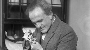 El biólogo austriaco Paul Kammerer fue un apasionado de la zoología.