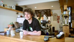 empleo joven bar