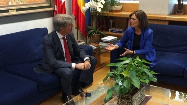 Ángel Garrido y Paloma Adrados en la ronda de contactos para proponer un candidato a la Comunidad de Madrid