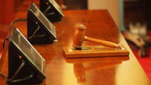 maza juez justicia