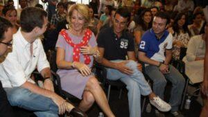 Esperanza Aguirre y Pablo Casado en Escuela de verano de NNGG.