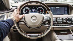 Mercedes coche volante