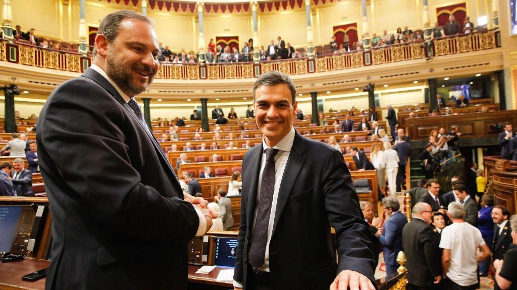 Pedro Sánchez y José Luis Ábalos