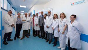 El consejero de Sanidad, Enrique Ruiz Escudero, en el Hospital de Móstoles