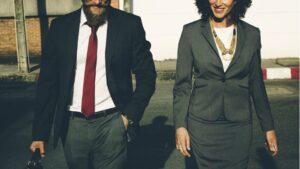 Ejecutivos empresa mujer trabajo