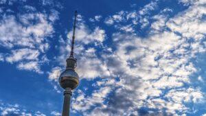 Berlin Alemania Fernsehturm torre televisión