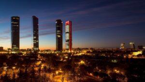 Madrid torres skyline