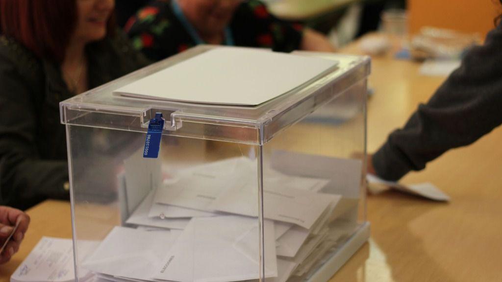 Urna electoral elecciones
