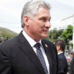 Comunistas cubanos a la vista