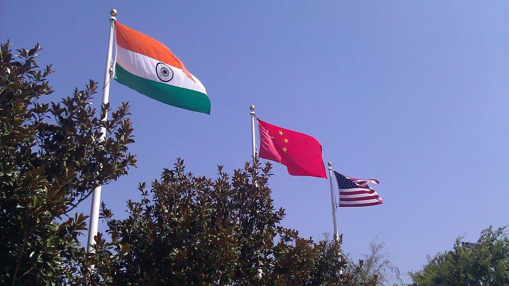 Banderas India, China y EEUU