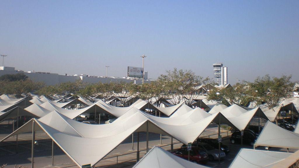 Parking aeropuerto de Alicante