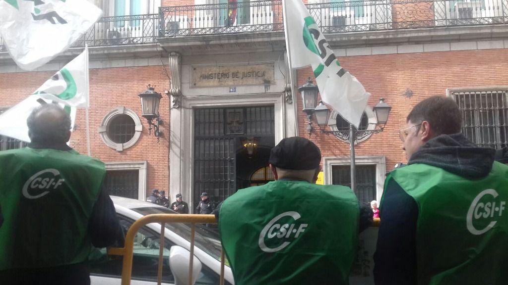 Manifestación de funcionarios