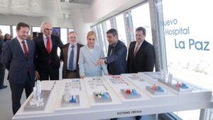 Cristina Cifuentes y Enrique Ruiz Escudero en la presentación del proyecto del Nuevo Hospital La Paz
