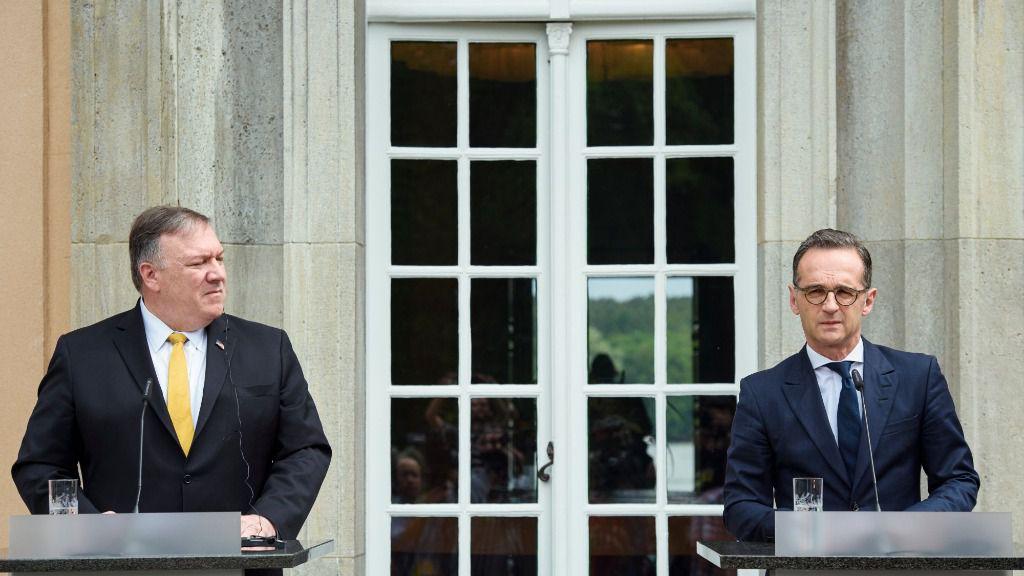 Visita a Berlín del secretario de Estado norteamericano, Mike Pompeo. A la derecha, el ministro alemán de Relaciones Exteriores, Heiko Maas