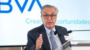 José María Marín Quemada, presidente de la CNMC, durante su intervención en el Curso de Economía organizado por la APIE en la UIMP