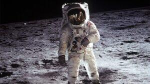 Apolo 11 astronauta