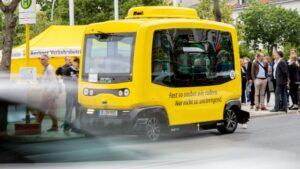 Berlín pone a prueba un minibús autónomo