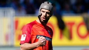 Klaus Gjasula, jugador del recién ascendido Paberborn, sugirió el uso para todos los jugadores de campo en los partidos de fútbol