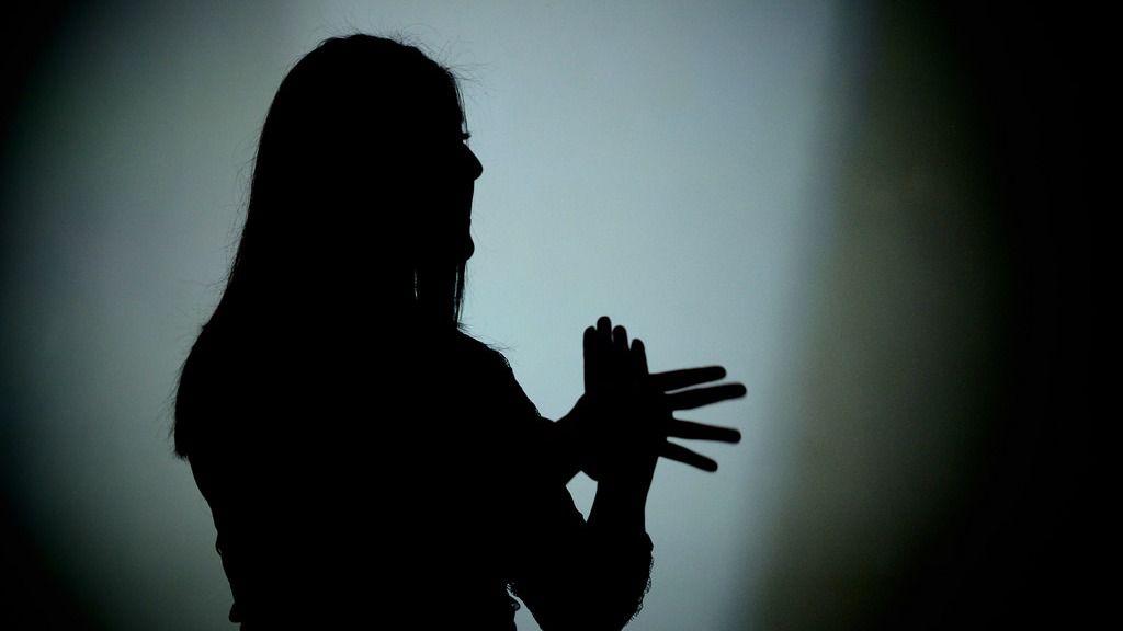 Interprete de lenguaje de signos