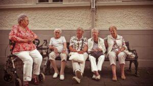 Jubilada pensionista persona mayor