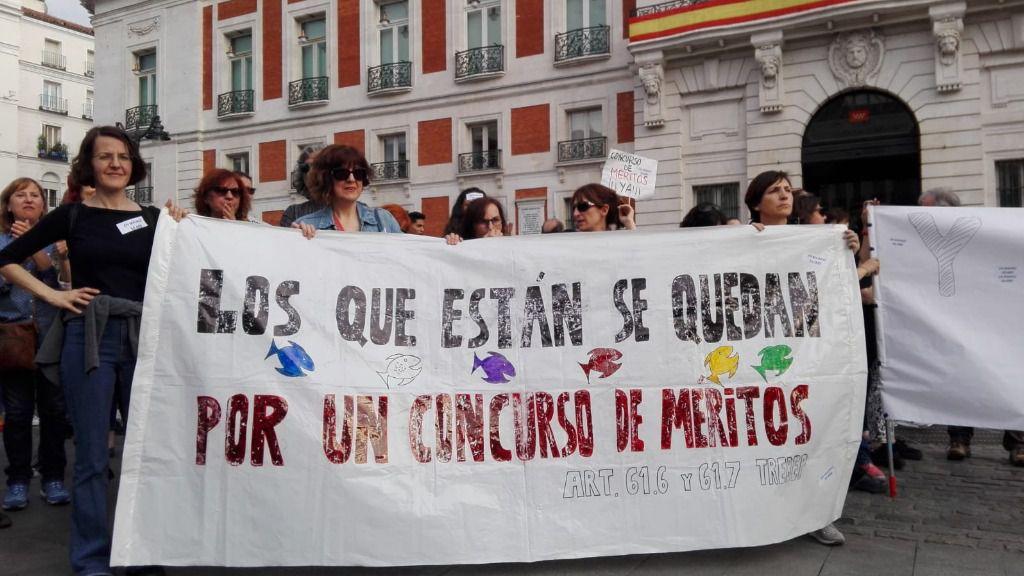 Manifestación de eventuales e interinos en la Puerta del Sol